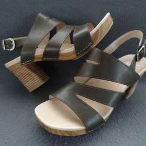 NEW Dansko Ashlee Sandal 40 9.5-10 Olive Buckle